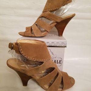 NINE WEST Dark tan suede shoes
